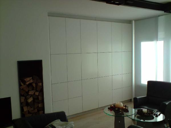 Referenz | R. & U. Winkenbach GmbH | Schrankwand